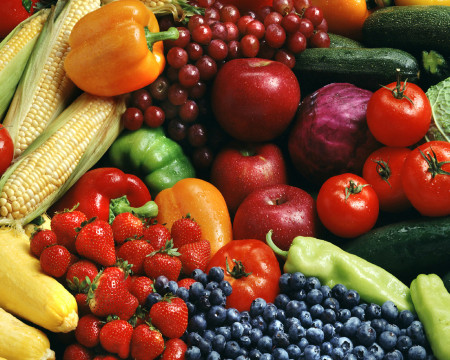Fresh fruit and veggies for healthy skin